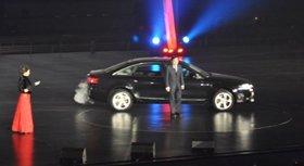中国第一汽车集团公司总经理徐建一登台