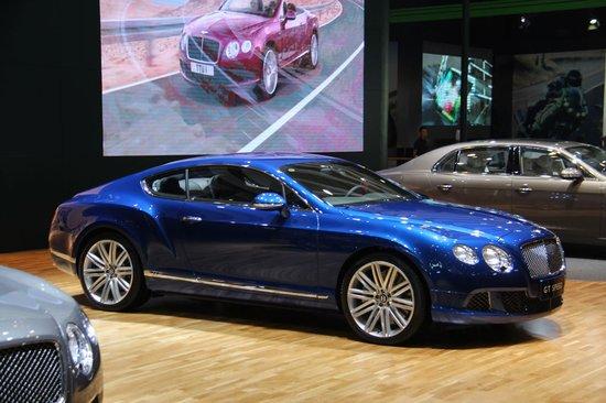 宾利欧陆GT极速版及敞篷版成都车展首发