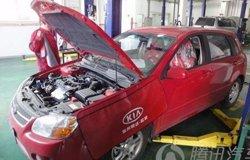 赛拉图更换机油与机滤作业