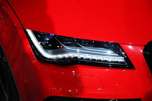 奥迪RS7 Sportback上市 售价178.8万元
