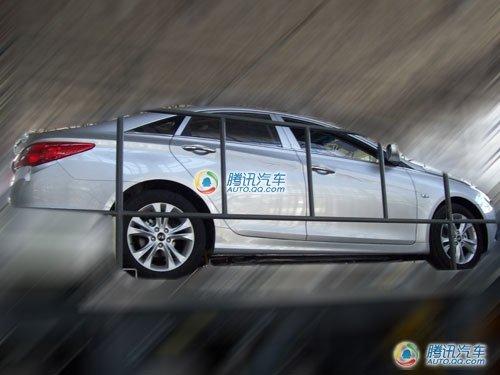 现代i40国产谍照曝光 或于广州车展发布