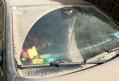 了解雨刷正确用法 自驾遭遇雨雪天气很关键