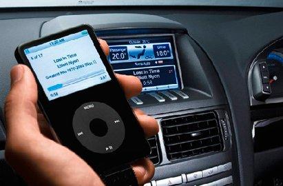 IT企业和车企谁在主导汽车智能化