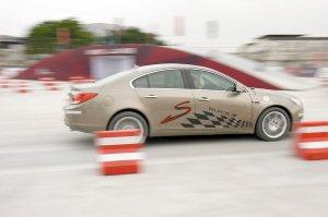 S弯挑战赛--别克Turbo涡轮增压新时代(图)