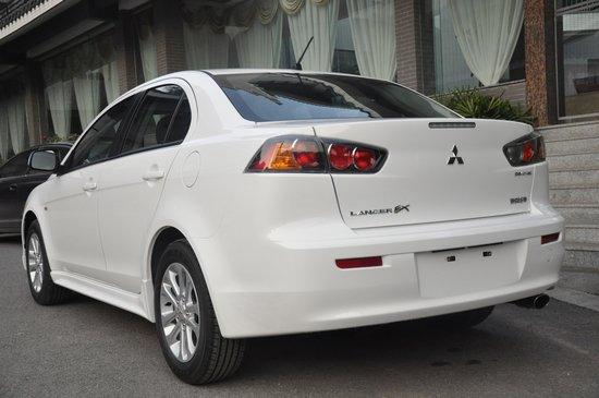 配置升级 2011款三菱翼神上海车展上市
