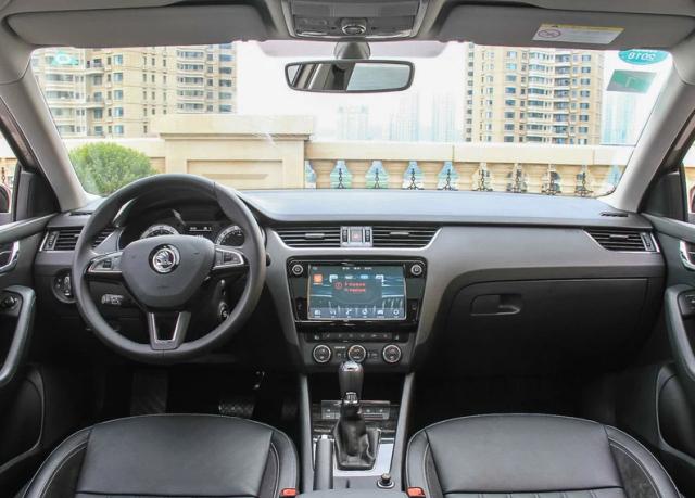 新明锐购车手册 TSI230自动豪华版值得推荐