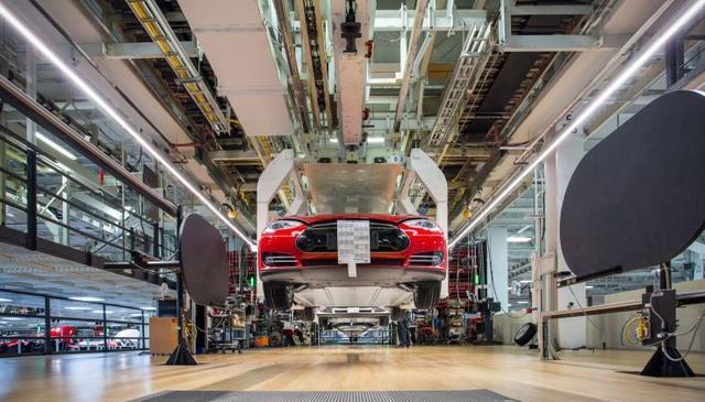 马斯克透露更多特斯拉Model Y新车型信息