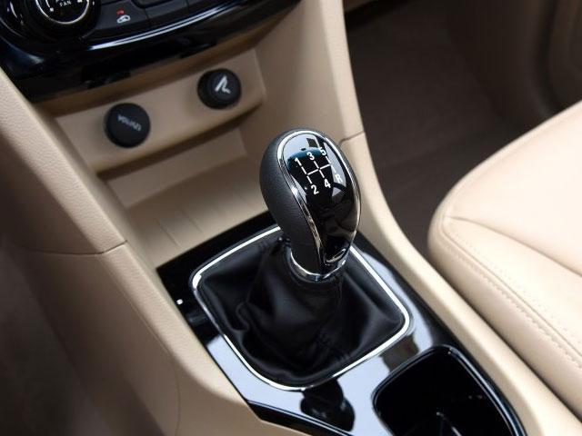2016款宝骏730购车手册 推荐两款豪华型