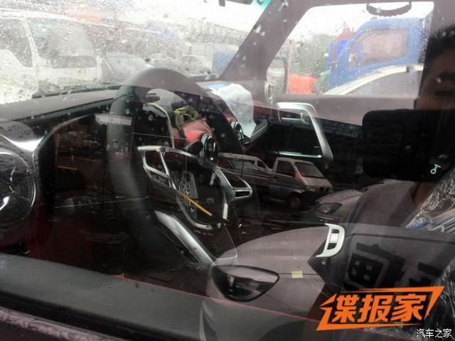 牧马人口之小兄弟 北京新款BJ40L最新谍照