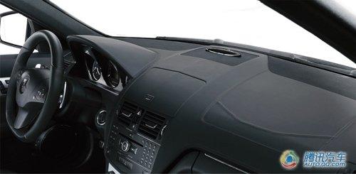 奔驰C63 AMG两款新车型上市 售112.8万起