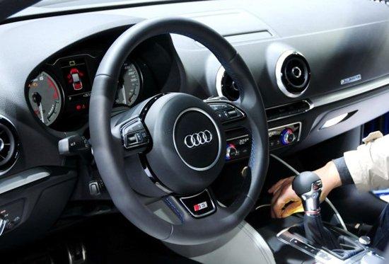 奥迪S3实车正式发布 百公里加速仅需4.9秒