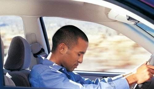 开慢车就一定安全?看完后还敢开慢吗?