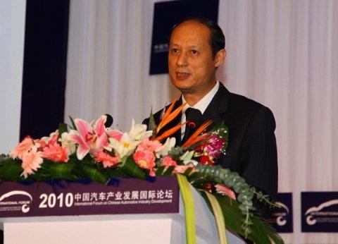 卢希:新产业政策促中国汽车工业由大变强