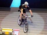 极限自行车表演