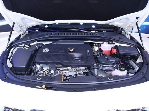 日前我们从上汽通用官方获悉,新君越(参配、图片、询价) 混动版车型正式定名为全新一代君越30H全混动车型(下称新君越30H全混动车型),新车将于8月29日正式上市,我们从相关渠道获得的该车预售价格为29.98万元。新车的最大亮点在于其搭载了一套由双电机和1.8L SIDI直喷发动机组成的混动系统,官方公布的综合油耗为4.