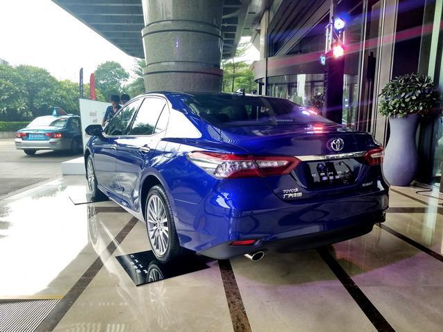 丰田全新凯美瑞上市 售价17.98-27.98万元