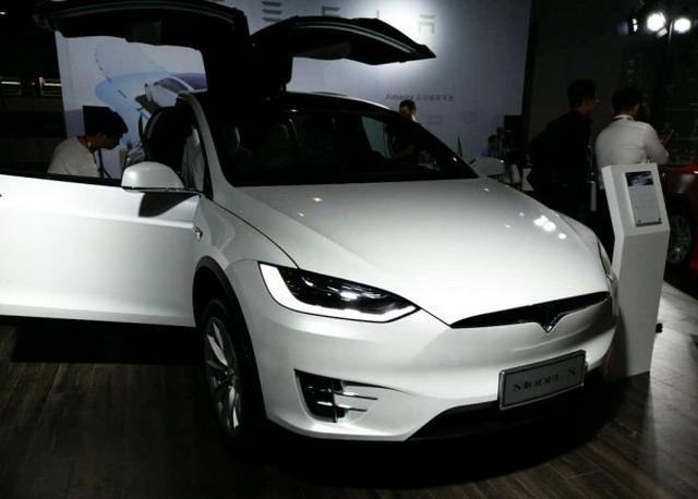 新国标接口 特斯拉MODEL X/S亮相车展