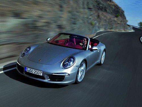 保时捷911敞篷版59万起售 亮相底特律车展
