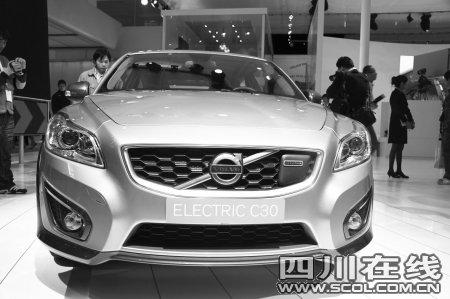"""北京车展全面""""触电"""" 35款电动车亮相"""