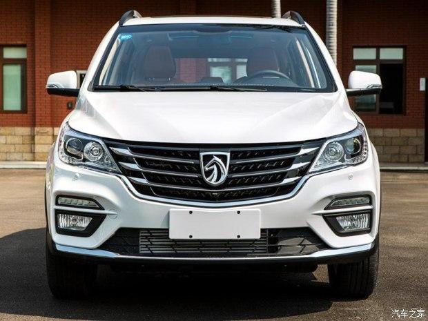 上汽通用五菱 宝骏560 2017款 1.5T 手动基本型