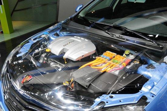 荣威550混合动力车型正式发布高清图片