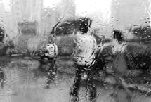 三招保您雨天后视镜清晰