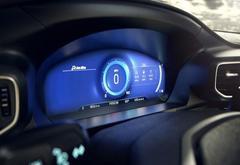 """福特新款仪表盘采用""""正念模式"""" 让驾驶员专注必要信息"""