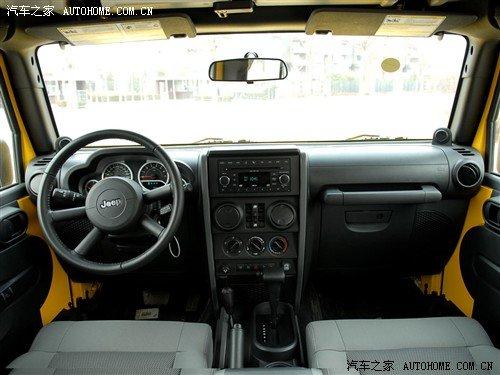 外观/内饰升级 Jeep发布2011款牧马人