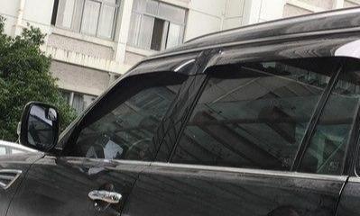 汽车到底该不该装雨眉?来听听老司机的建议