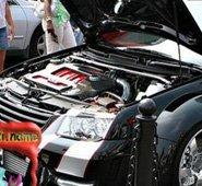改装车盛会 马力强劲的引擎