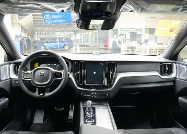 推出8款车型 沃尔沃全新XC60更多消息