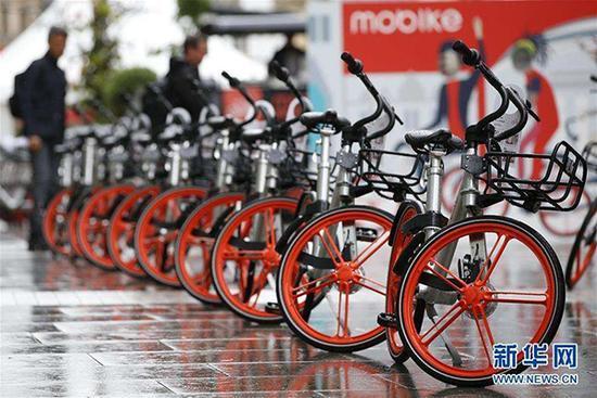 美媒称中国共享单车席卷全球 碾压美国