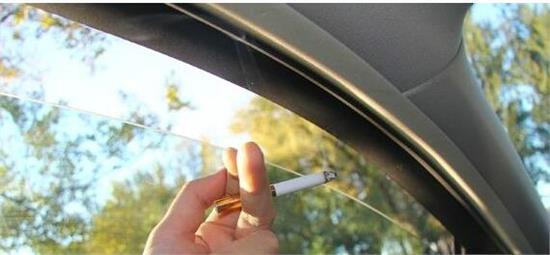 开车的时候只开一侧车窗 原来还有这么多的好处