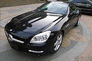 黑色奔驰敞篷跑车SLK200作业