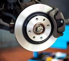 汽车驾驶每到这个数刹车片就得更换,你知道吗?