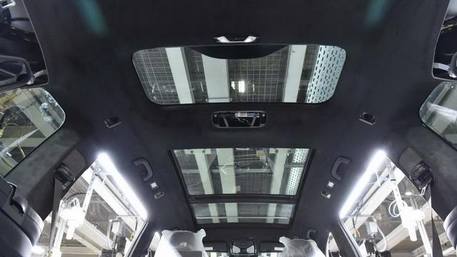 新旗舰SUV宝马X7 搅局大型SUV市场11月亮相
