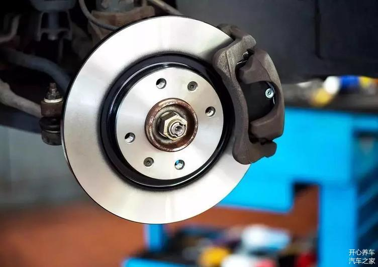 更换刹车片有讲究 多久才换一次 你真的懂吗