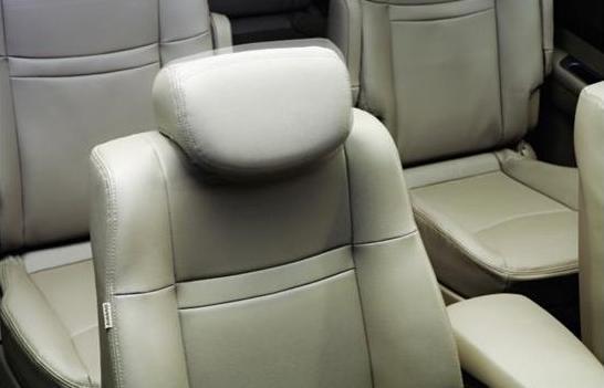汽车头枕没放好竟导致司机脊椎损伤 看完扎心