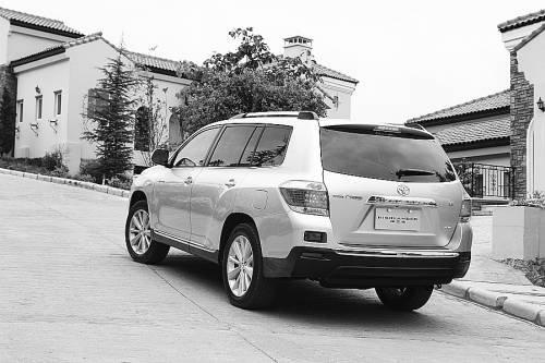 新汉兰达月均8000辆 领跑大中型SUV市场