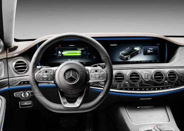 全新插电式混动系统 新疾驰S 560 e亮相