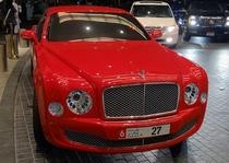 阿联酋迪拜街拍宾利慕尚2009兄弟连
