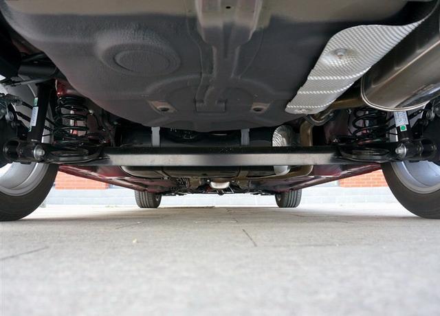 MG GT采用扭力梁式后悬挂-MG GT对比马自达3昂克赛拉 运动型男大