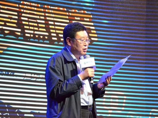 四川期刊传媒(集团)股份有限公司董事总经理张泽刚
