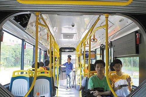 车厢设置如地铁 广州六辆18米BRT下月上路