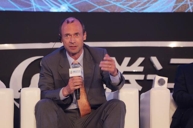 Robert Bruckmeier:构建自动驾驶生态系统至关重要