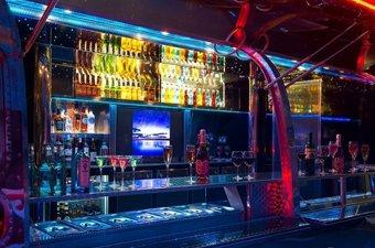 最美房车Airstream 移动的五星级酒吧