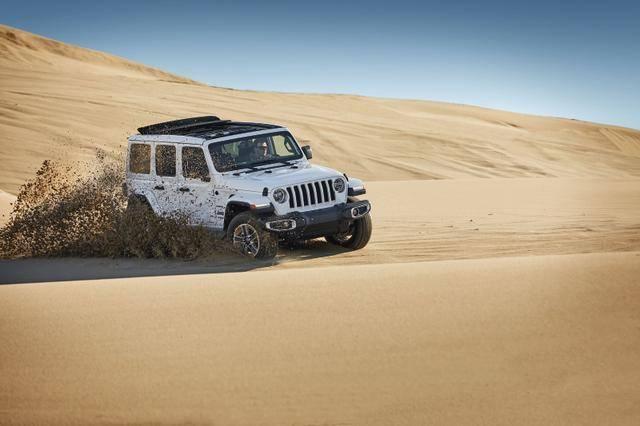 售47.99万元 Jeep牧马人四门电动敞篷版上市