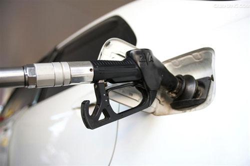 93与97号汽油将退市 以后汽车要加什么油