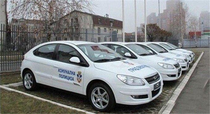 别瞧不起国产车 国外警车都用中国货