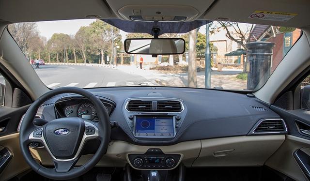 福特新款福睿斯4月上市 中控屏扩大至8英寸